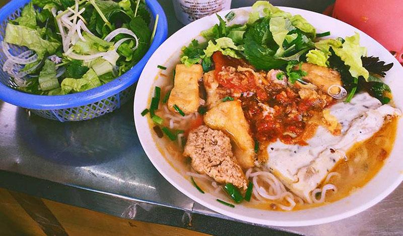 Top 5 quán bún riêu ngon ở Hà Nội không thể bỏqua